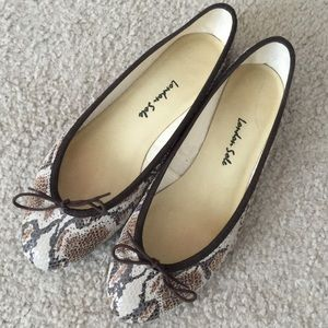 London Sole Snakeskin Print Leather Ballet Flats
